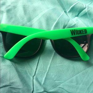 Wicked Sunglasses Broadway